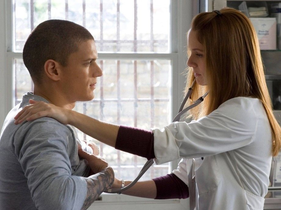 Prison Break Season 6: Sarah W Callies teases fans with snap after Dominic Purcell